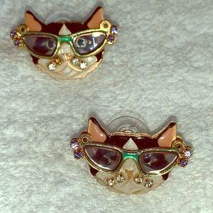 Latr2go Cat earrings